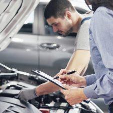 El mantenimiento del auto